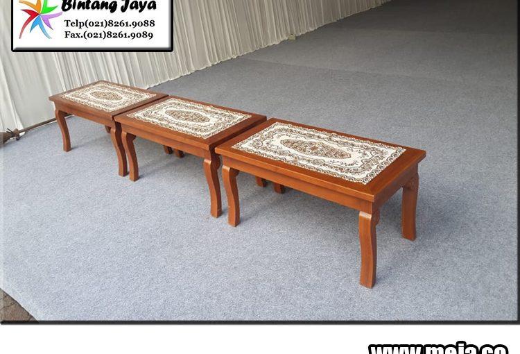 Sewa Meja Vip Kayu di Jakarta
