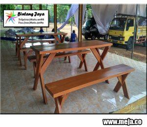 pusat persewaan meja taman murah untuk event family meriah dan lancar