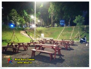 Sewa Meja Taman Kayu Paling Murah di Jakarta Bekasi