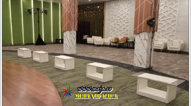 Sewa Meja Vip Kaca Putih Promo Free Ongkir Jabodetabek