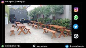 Sewa Meja Kayu Event Taman Bukit Kemang
