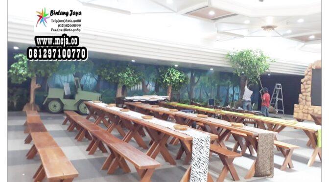 Sewa Meja Kursi Taman Kayu di Jakarta Timur